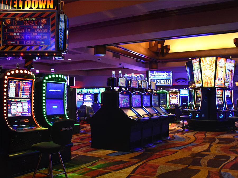Silver Reef Casino Resort - Slots